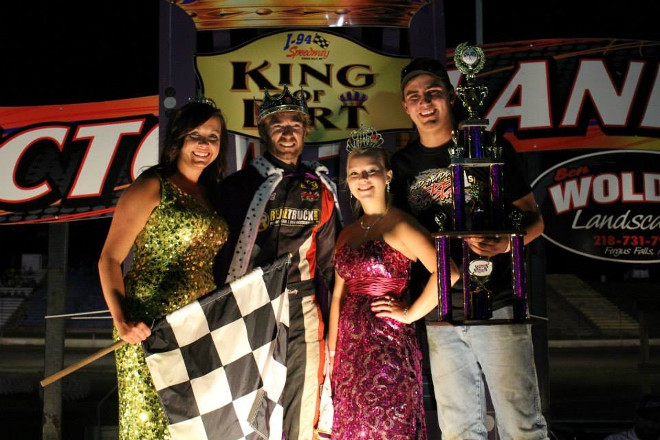 Bintz Double Up & Wins King of the Dirt